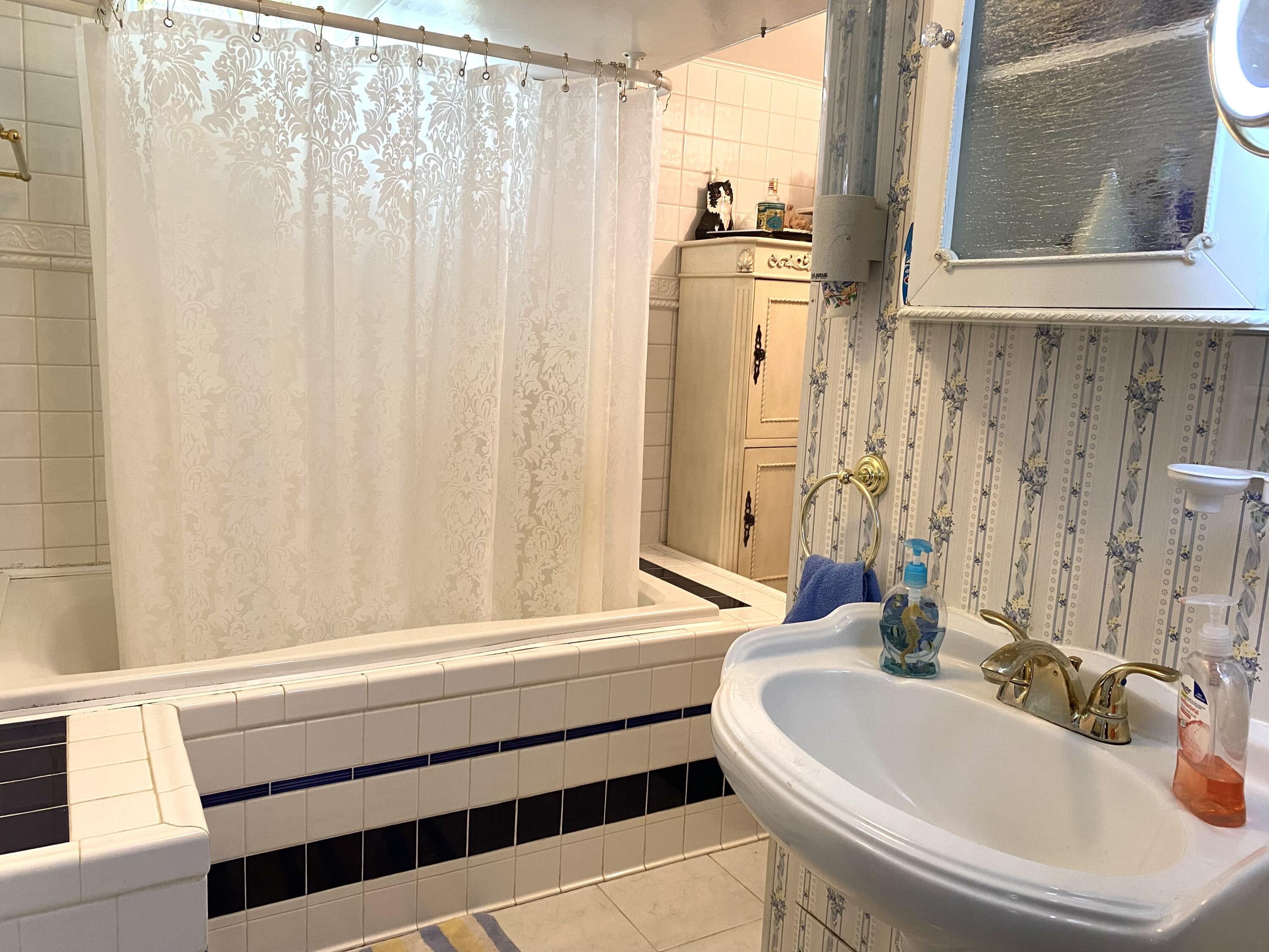 Property Image #18 for MLS #22114523