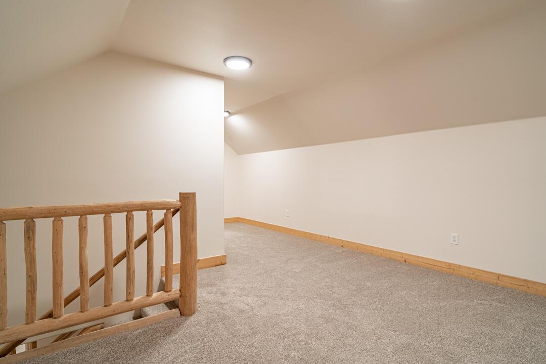 6108 Coburg Interiors (34 of 47)