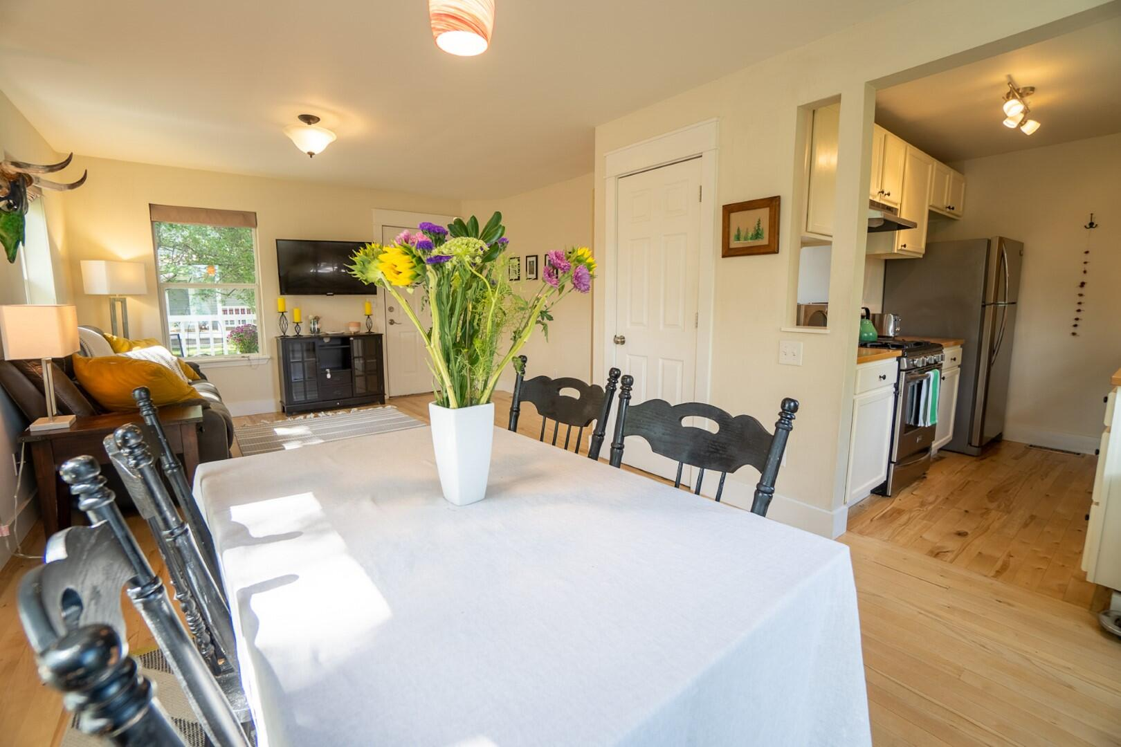 Property Image #3 for MLS #22114739