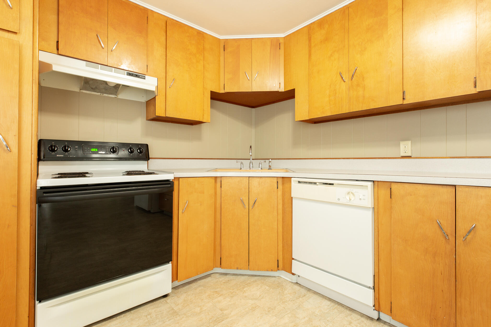 Property Image #5 for MLS #22114791