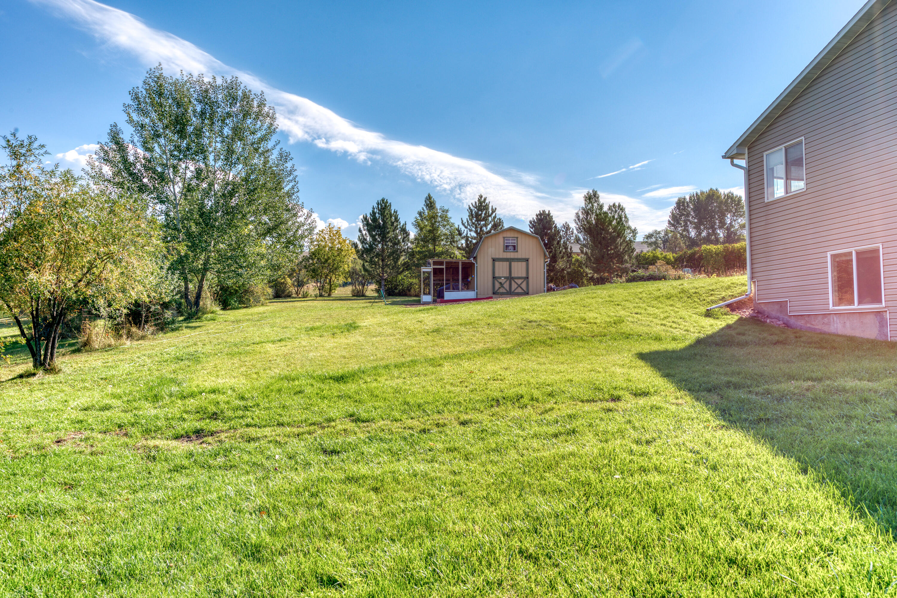 Property Image #2 for MLS #22115036