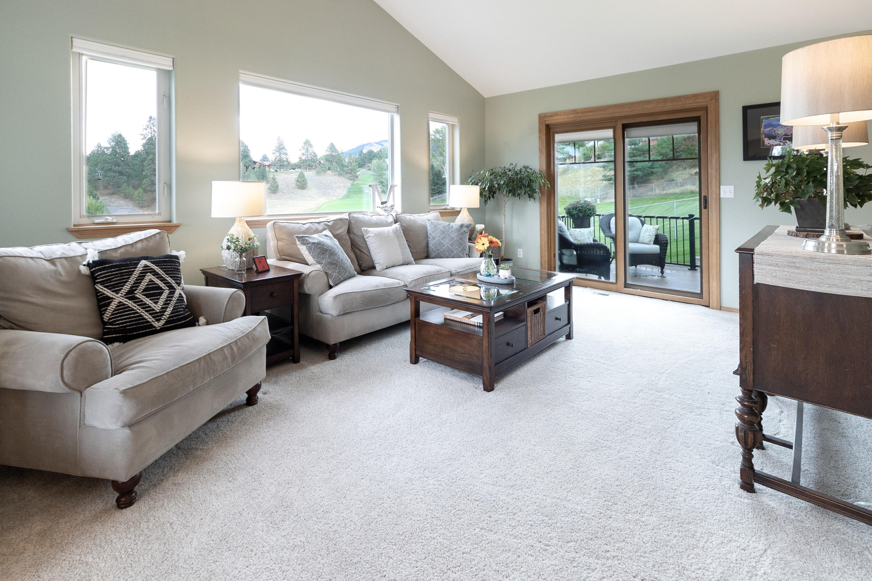 Property Image #2 for MLS #22115070