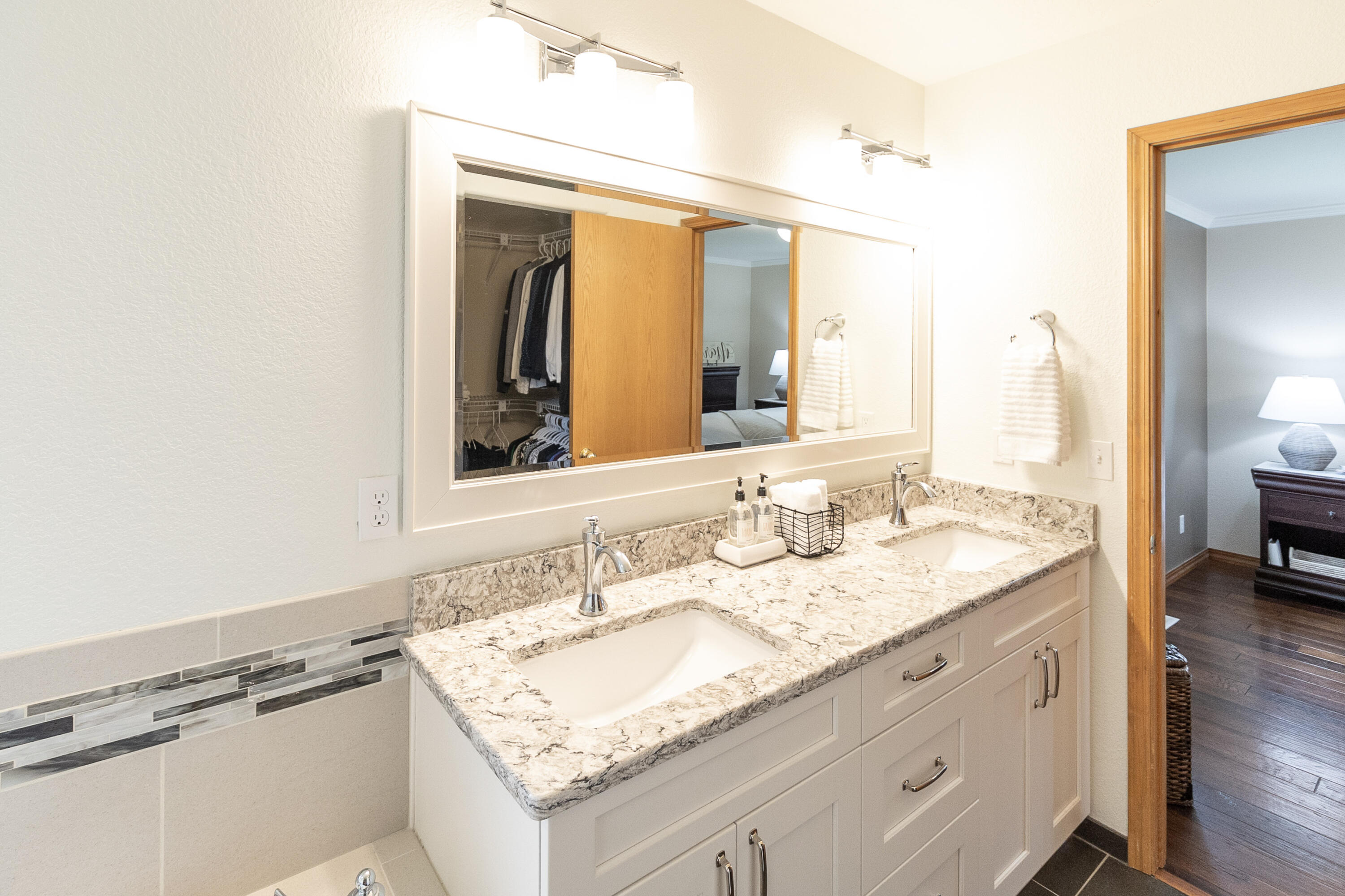 Property Image #14 for MLS #22115070