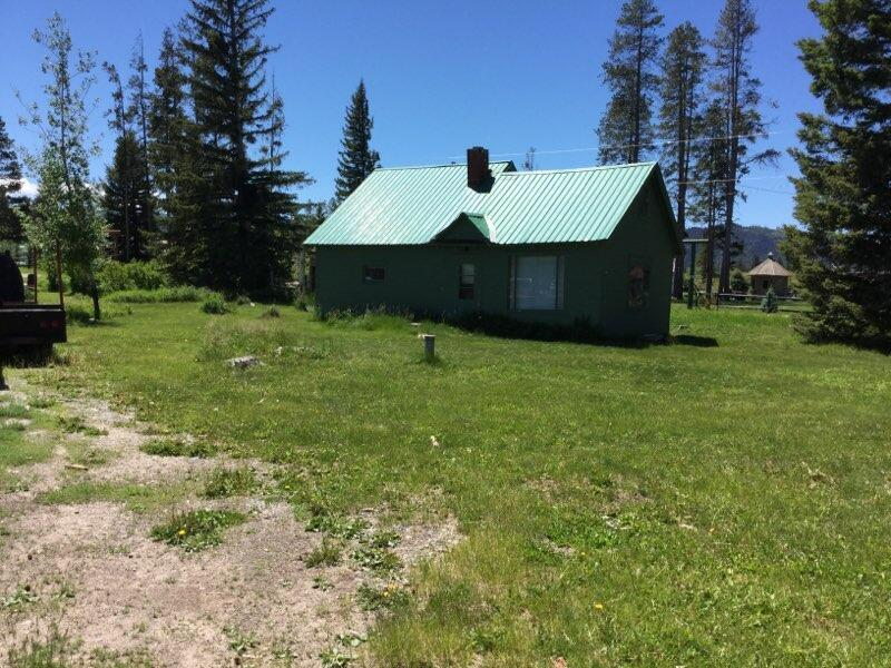 ✔ Out this new listing in the beautiful villiage of Lincoln MT.  This is a picturesque 2.39 acres nestled amoung the trees with Spring Creek meandering through.  Home has not been lived in for approx., 9 years, DOES NOT have a foundation & septic system needed.  2 car garage or shop, insulated with concrete floor