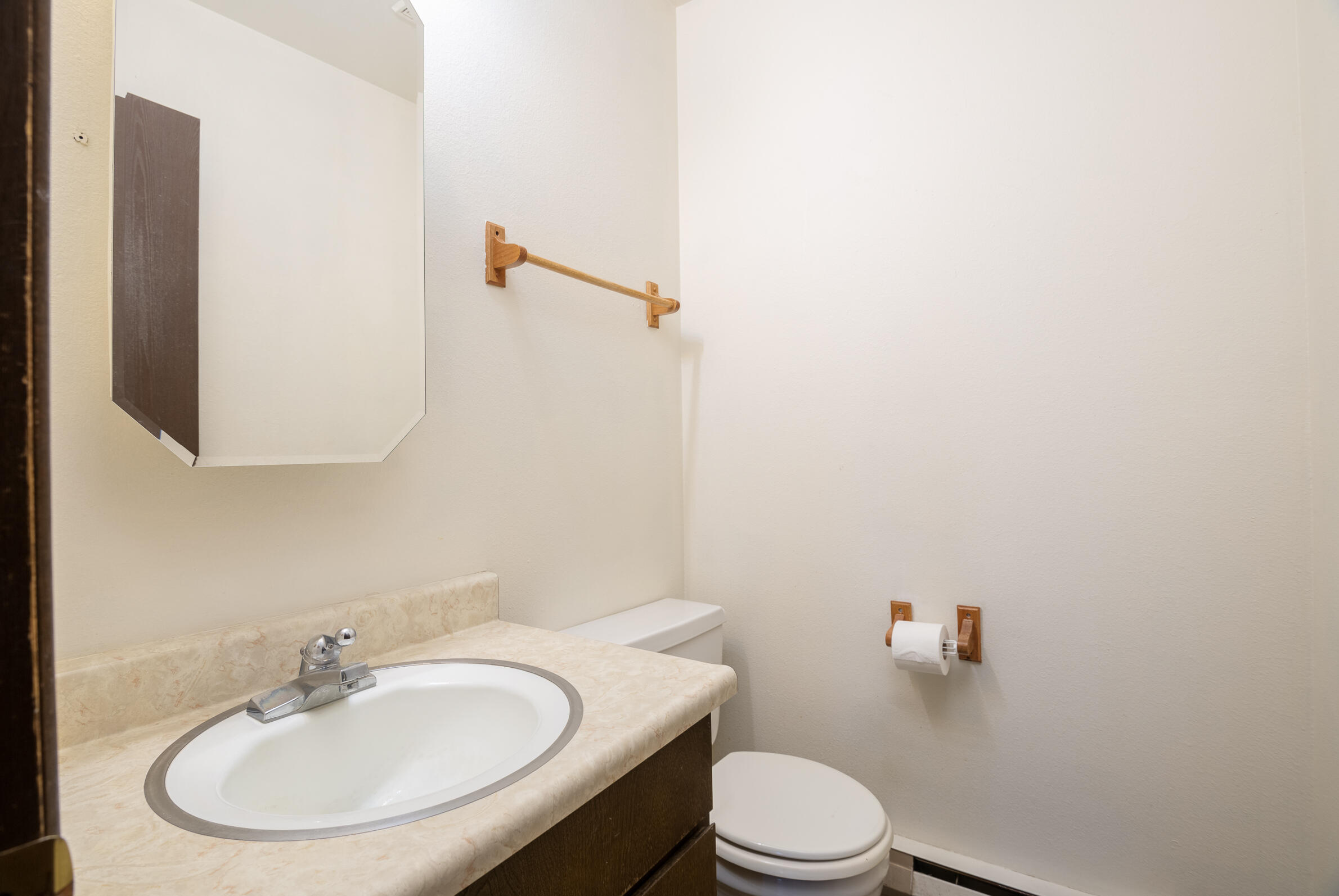 Property Image #2 for MLS #22115427