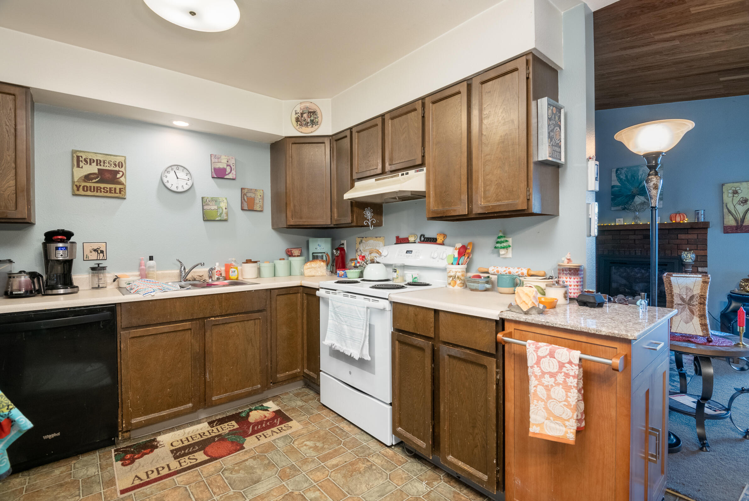 Property Image #11 for MLS #22115427