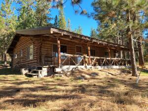 20800 Twin Lakes Road, Frenchtown, MT 59834