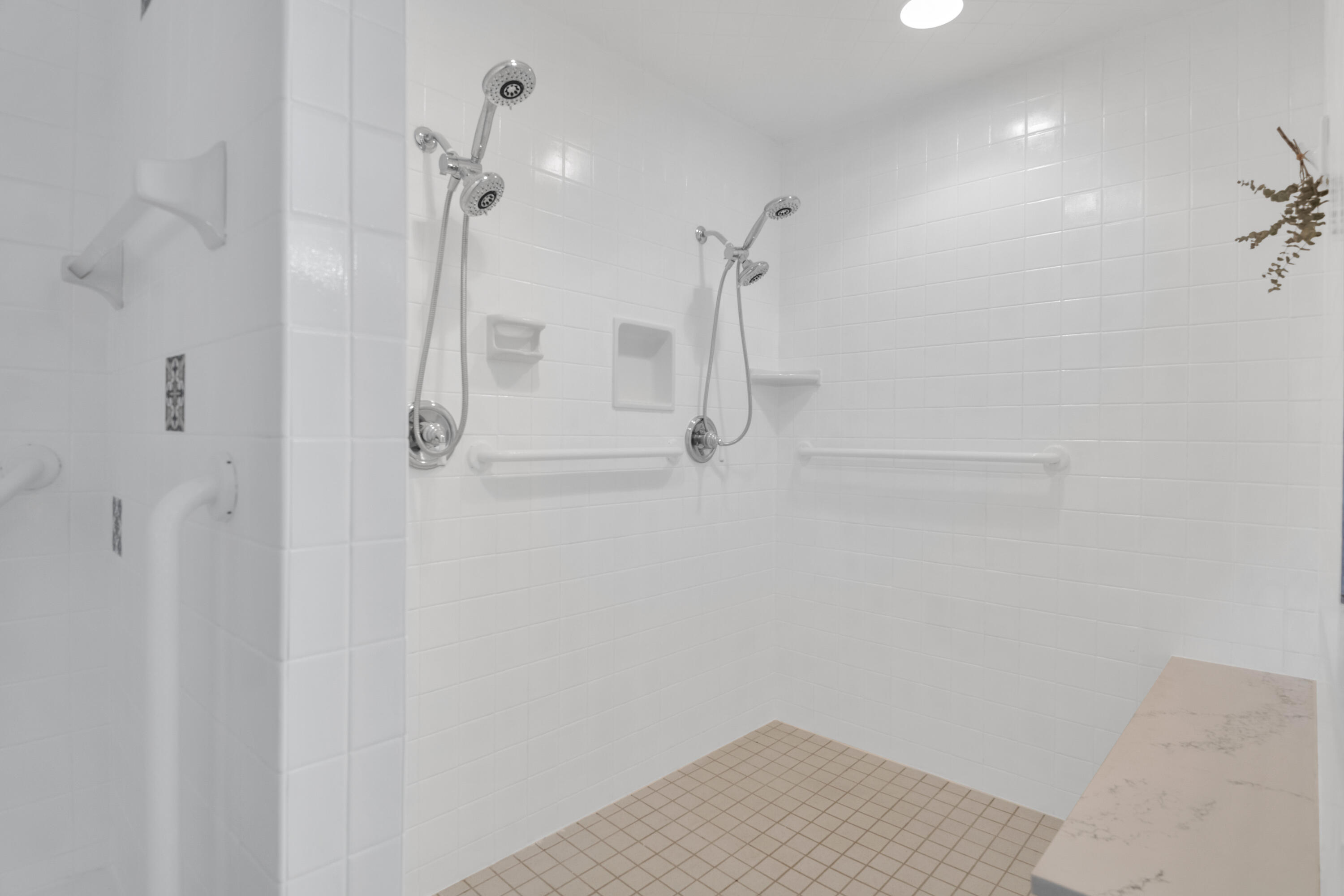 Property Image #21 for MLS #22115685
