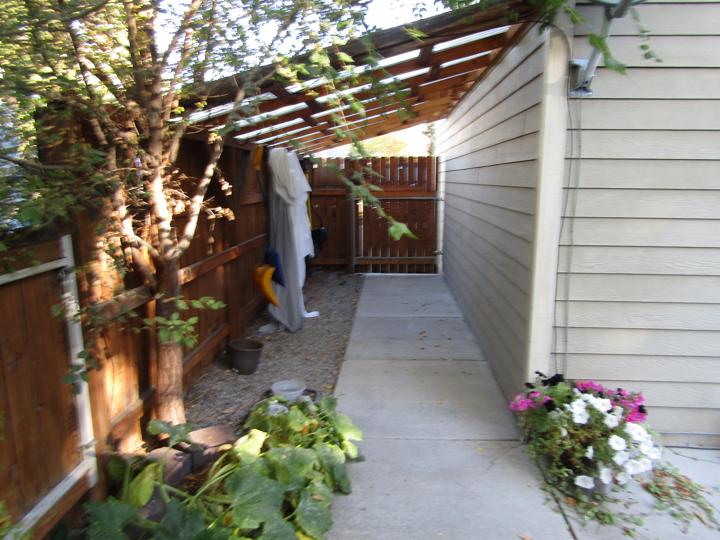 Property Image #14 for MLS #22115672