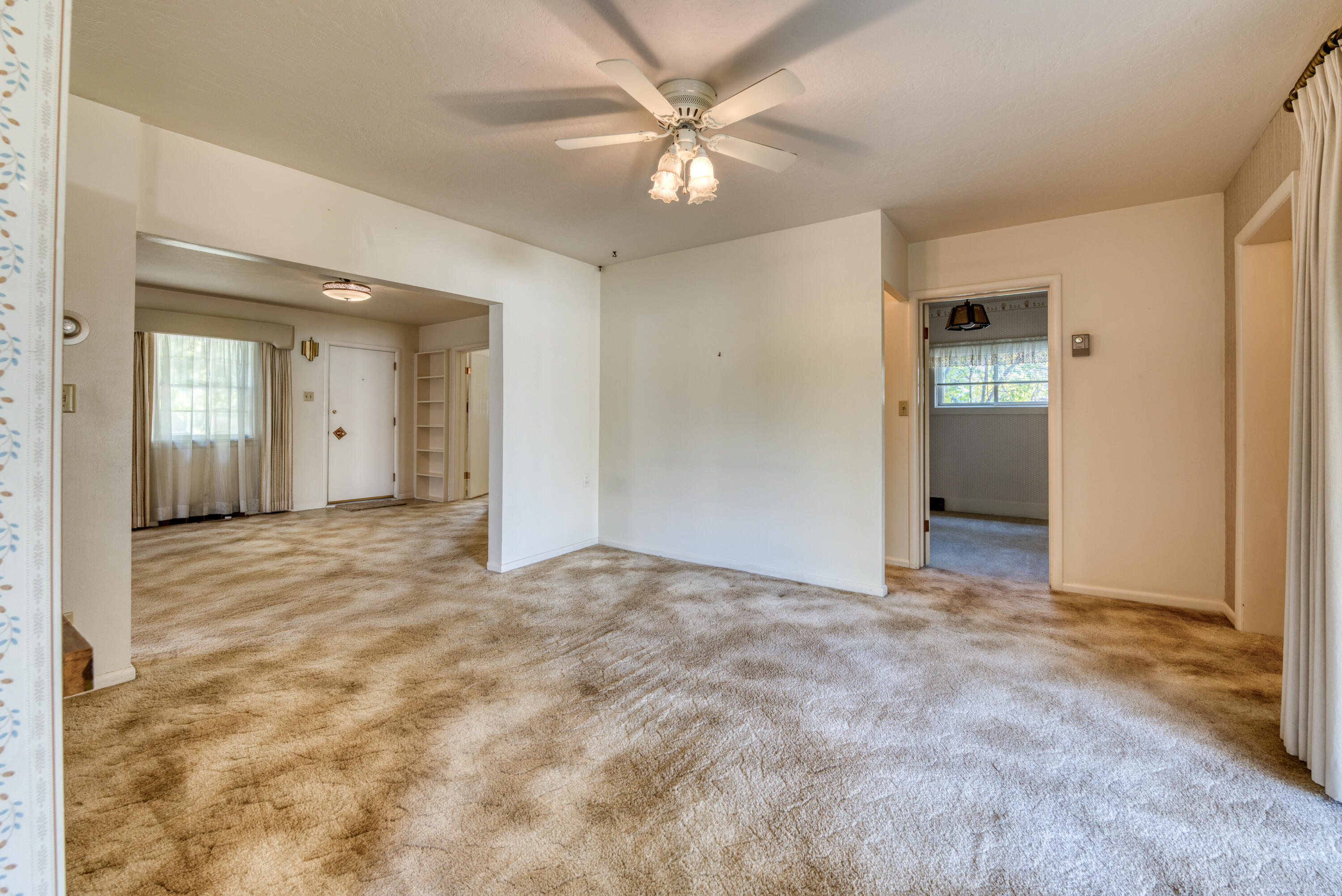 Property Image #5 for MLS #22115851