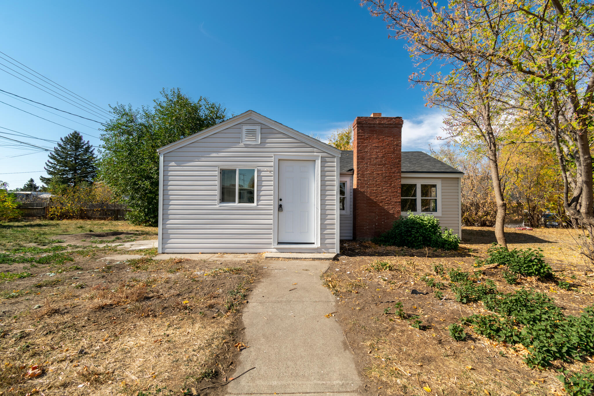 Beautifully remodeled home in a Great Location! This home has one bedroom and one bathroom, and would make an excellent starter home or investment property! Everything in this home has been gone through and fixed up. Custom tile in the kitchen and bathroom, new flooring, central fireplace to supplement the furnace, and even a one-car garage! This home also sits on a full 7500 sq. ft. lot that just has great curb appeal, in a neighborhood where pride of ownership can be seen all around. There really is too many upgrades to list! Call Leo Imperi at 406-750-9503, or your real estate professional.