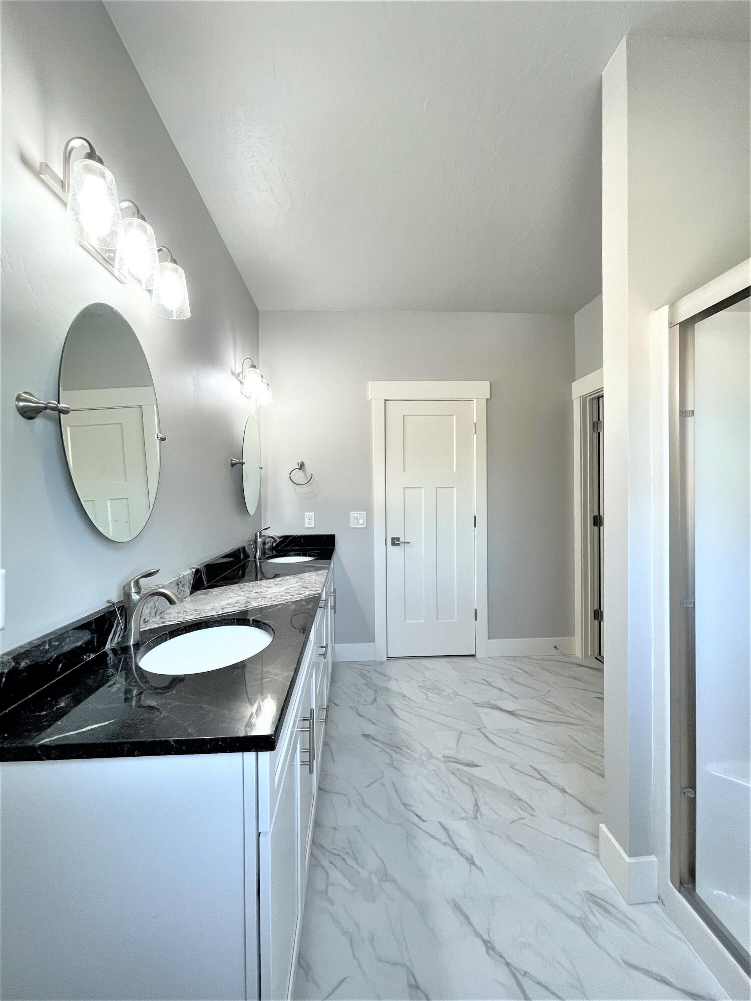 Property Image #10 for MLS #22115989