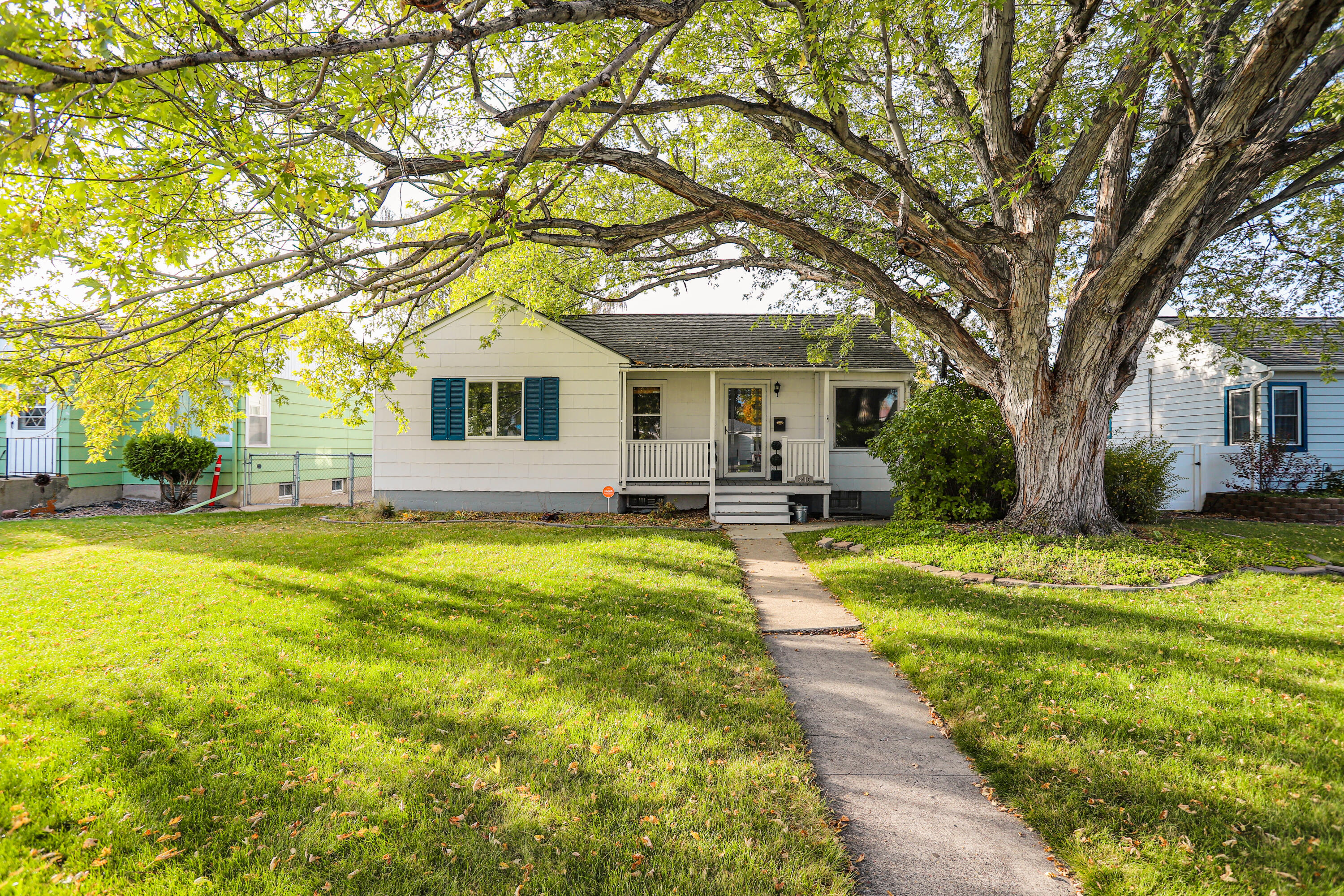 CHARM ABOUNDS in this 4 bedroom 1 bath home featuring large main bedroom, 3 bedrooms on the main level, hardwood floors on part of the main, and a bright fresh kitchen! You don't want to miss this one! Listed by Melissa Dascoulias