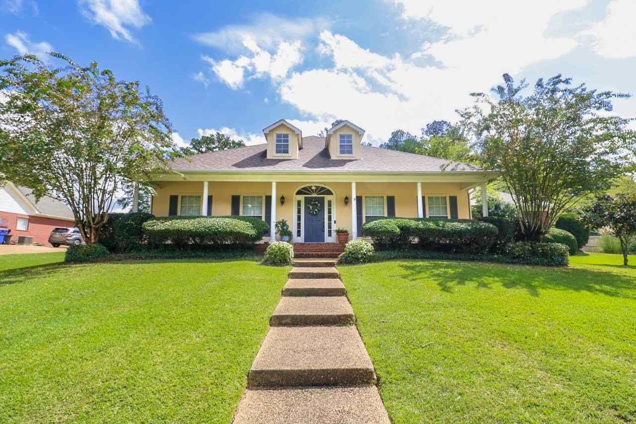 112 Parkside Drive, Brandon, MS 39042