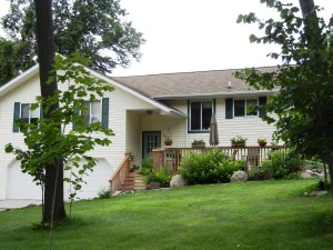 44501 MCGOWAN ESTATES RD, Ottertail, MN 56571