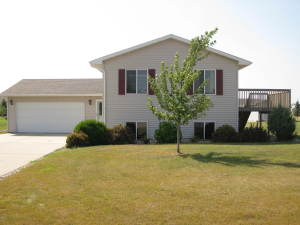 1021 NW 5TH AVE, Perham, MN 56573