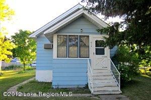 613 3RD Street SE, Barnesville, MN 56514