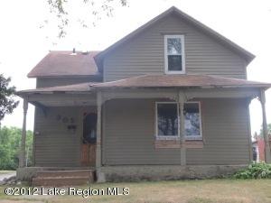 305 W CHANNING Avenue, Fergus Falls, MN 56537