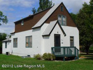824 W Beech Avenue, Fergus Falls, MN 56537