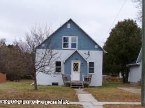 212 S WALKER Avenue, New York Mills, MN 56567
