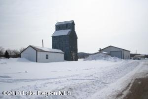 712 Main Street, Erhard, MN 56534