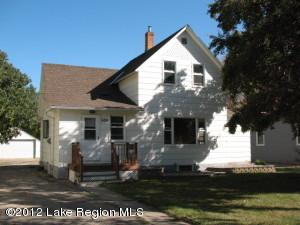 698 Torrison Ave, Wendell, MN 56590