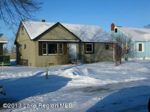 328 Garfield Avenue SW, Wadena, MN 56482