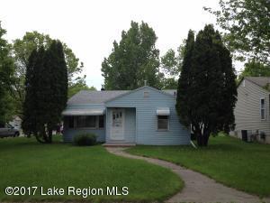 616 W Bancroft Avenue, Fergus Falls, MN 56537
