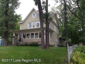 514 E Lakeside Drive, Fergus Falls, MN 56537