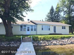 520 Shorewood Drive, Detroit Lakes, MN 56501