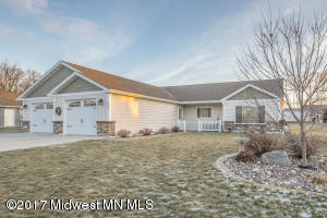 843 Whitetail Lane, Detroit Lakes, MN 56501