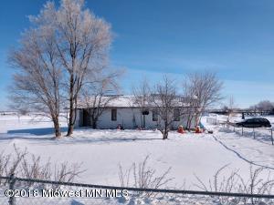 512 Birch Avenue W, Frazee, MN 56544