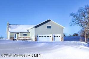 10146 Ida Oaks Road, Pelican Rapids, MN 56572