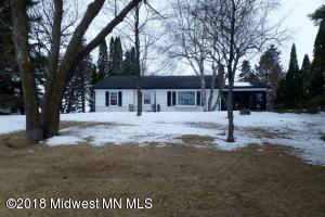 515 N Shore Drive, Battle Lake, MN 56515