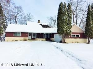 624 Shorewood Drive, Detroit Lakes, MN 56501
