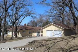 702 E Lakeside Drive, Fergus Falls, MN 56537
