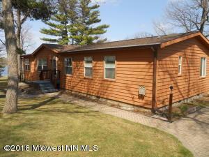 414 Woodland Avenue W, Underwood, MN 56586