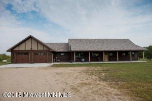 47446 Tadpole Road, Perham, MN 56573
