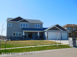 3825 22nd Avenue S, Moorhead, MN 56560