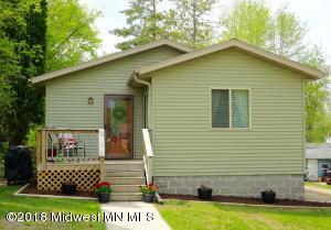 319 W Maple Avenue, Fergus Falls, MN 56537