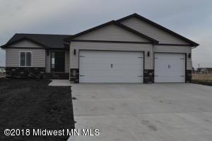 1471 Huron Drive, Detroit Lakes, MN 56501