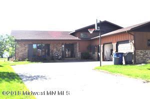 2866 Village Green Dr W Loop, Moorhead, MN 56560