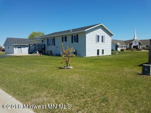 880 6th Avenue NE, Perham, MN 56573