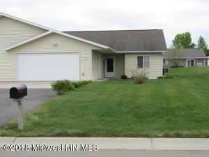 904 Maplewood Drive SE, Pelican Rapids, MN 56572