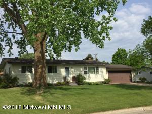 1318 Jackson Avenue, Detroit Lakes, MN 56501