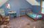 Nice size bedroom (16'x13')