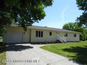 506 2nd Street SE, Barnesville, MN 56514