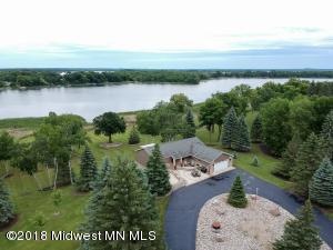 359 W Long Lake Road, Detroit Lakes, MN 56501