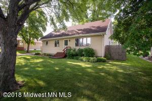 207 W Adolphus Avenue, Fergus Falls, MN 56537