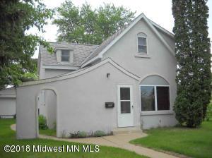 504 Park Ave S, Park Rapids, MN 56470